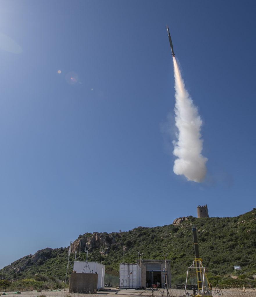 Test di lancio del missile CAMM-ER (foto MBDA).   MBDA CAMM-ER