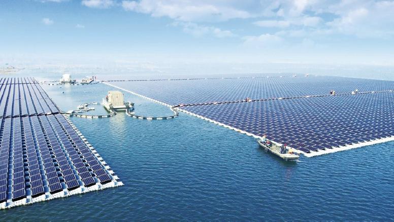 Sviluppo del  sistema fotovoltaico galleggiante nell'offshore olandese. (Fonte: Netherlands Hydrographic Office)