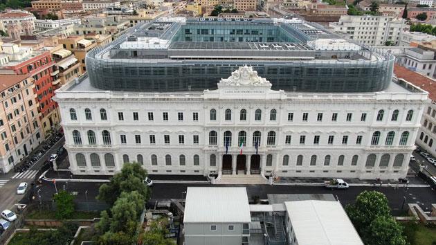 La nuova sede unitaria dell'Intelligence italiana, situata in Piazza Dante a Roma, è stata inaugurata il 6 maggio 2019.