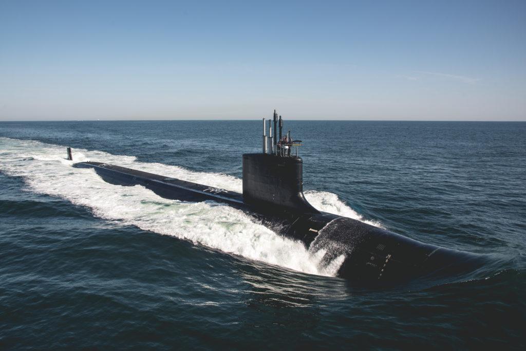 """31 agosto 2019: il sottomarino USS Delaware (SSN 791) impegnato nelle prove in mare """"Bravo"""" nelle acque dell'Oceano Atlantico. (US Navy, photo courtesy of HII by Ashley Cowan/Released)  SSN Virginia Block III  SSN Virginia Block III  SSN Virginia Block III"""
