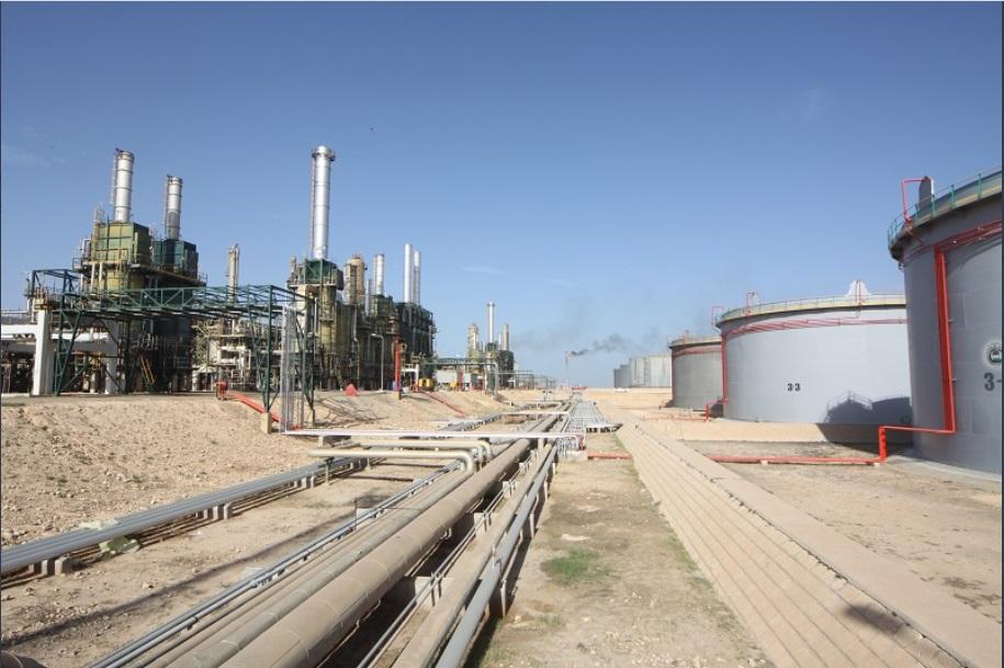 La chiusura della raffineria di Zawiya sta causando ulteriori perdite finanziarie. (Account Twitter Noc)  Libia Noc 4 miliardi  Libia Noc 4 miliardi  Libia Noc 4 miliardi