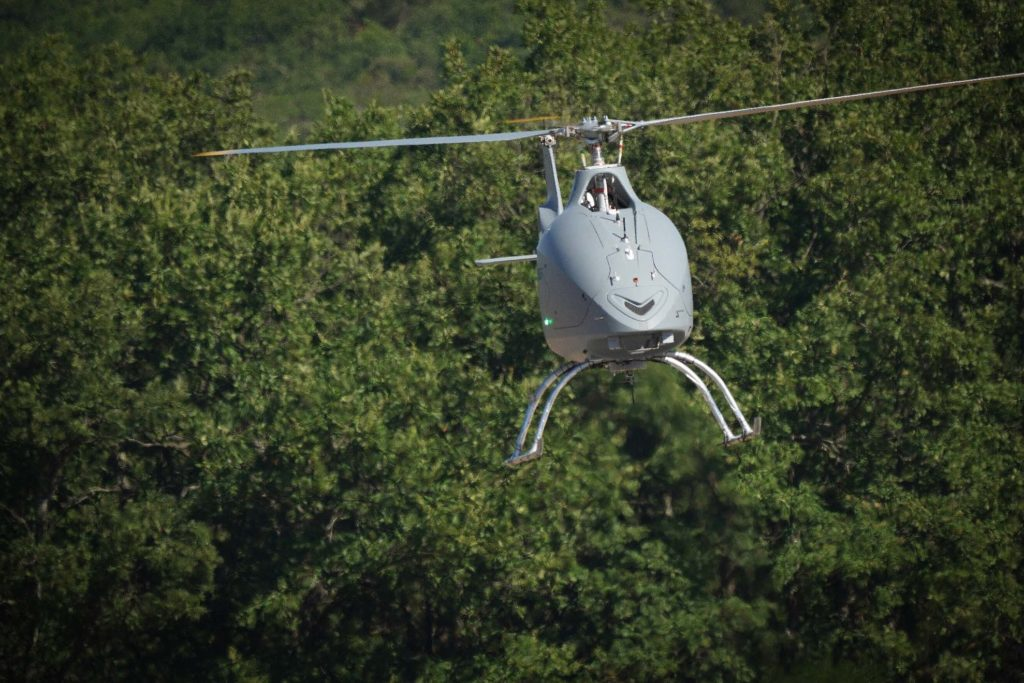 Una fase del primo volo autonomo libero effettuato dal VSR700 il 28 luglio scorso a Marignane, in un centro prove specifico per droni situato nelle vicinanze di Aix-en-Provence, nel Sud della Francia. (Airbus)   Airbus VSR700   Airbus VSR700