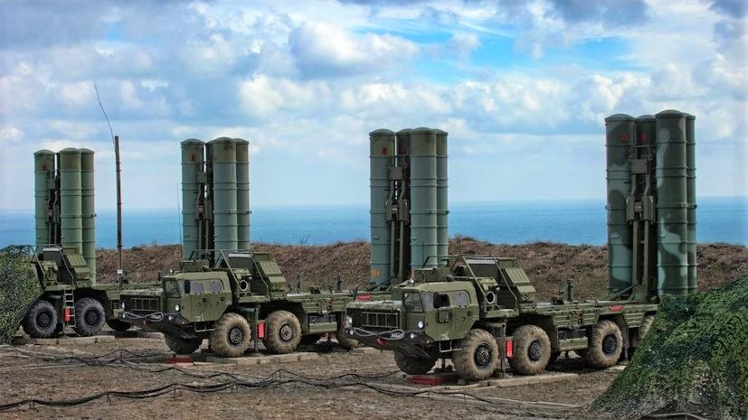 Il sistema S-400 può  colpire minacce aeree fino a una distanza di 400 km.