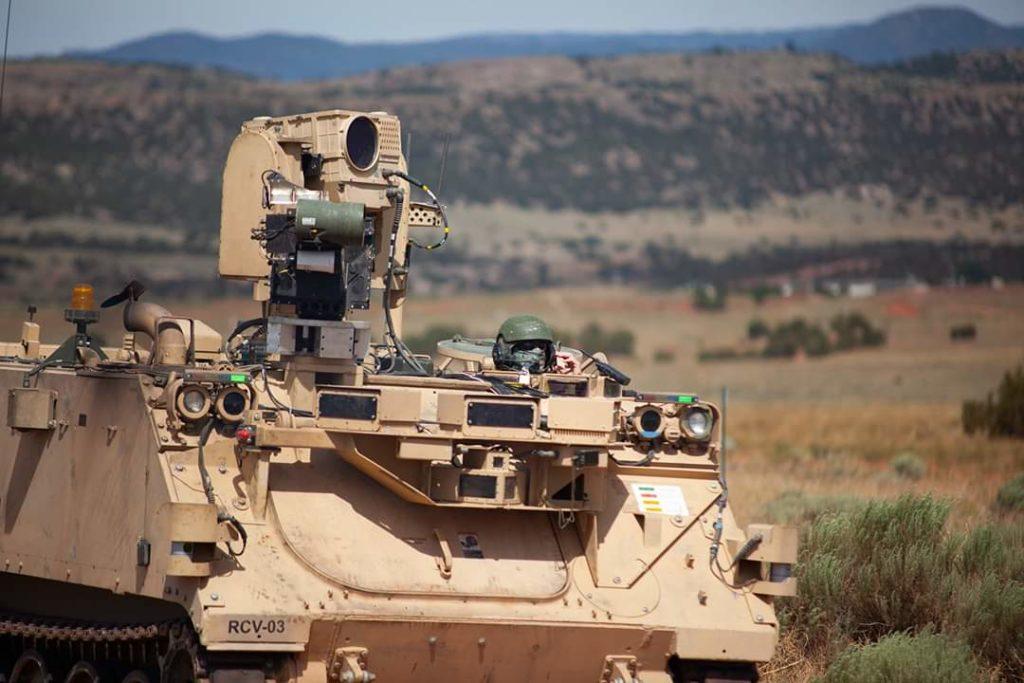 I Robotic Combat Vehicles sono APC (trasporto truppe) M113 modificati con l'elettronica necessari al loro controllo da remoto. (Fonte: Ground Vehicle Systems Center)