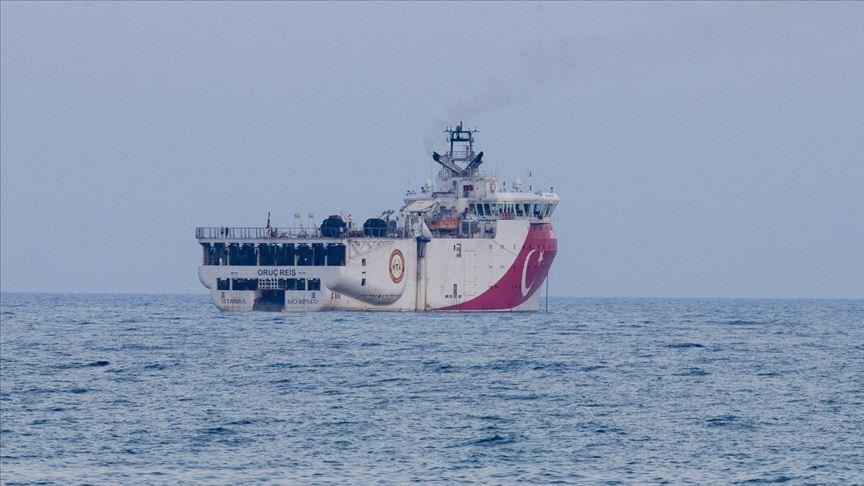 La nave da ricerca turca Oruc Reis. (Foto da Anadolu Agency)