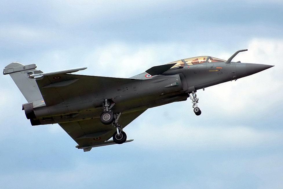 Un caccia multiruolo francese Rafale, prodotto da Dassault Aviation.