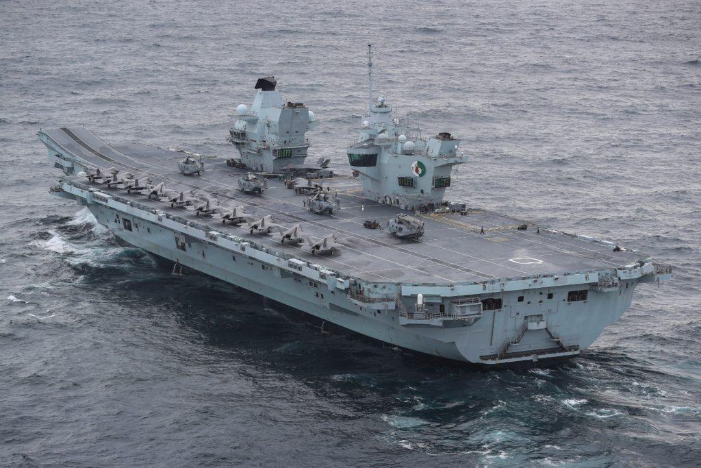 La portaerei HMS Queen Elizabeth.