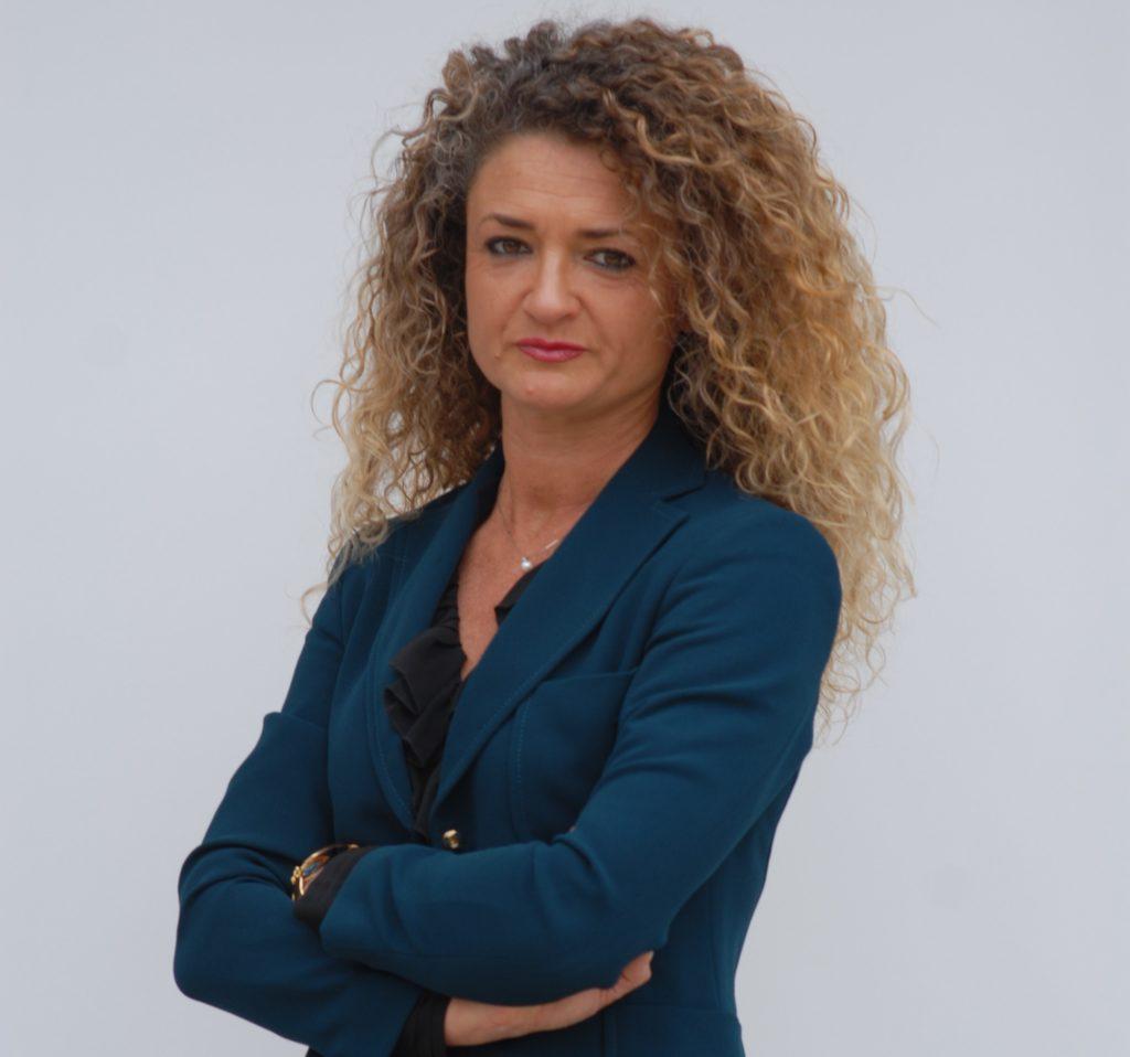 L'On. Tatiana Basilio, membro della Commissione Difesa della Camera dei Deputati durante la XVII Legislatura e attualmente presidente del Centro studi Laran.