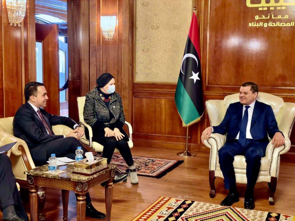 Il ministro degli Esteri, Luigi Di Maio e Dbeibah durante il loro colloquio a Tripoli il 21 marzo (Fonte: MAECI).