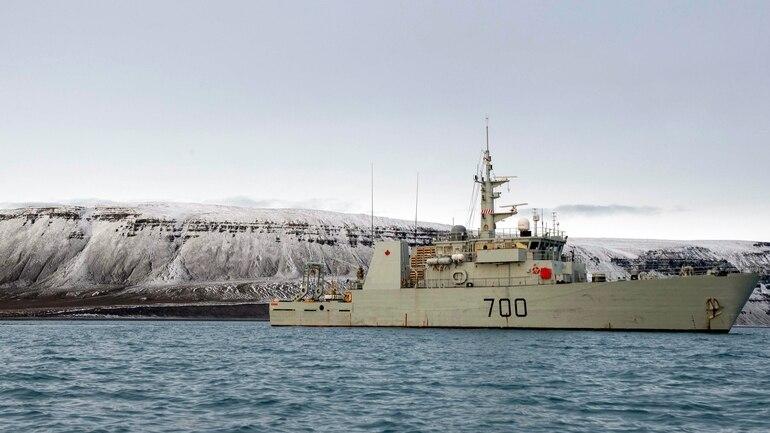 La HMCS Kingston durante l'operazione Nanook. (Fonte: Canadian Armed Forces)