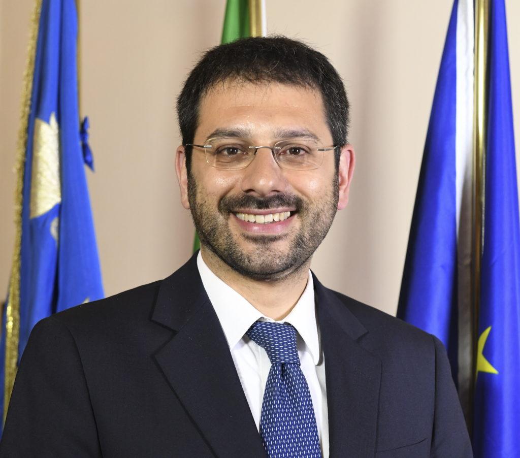 Onorevole Angelo Tofalo.