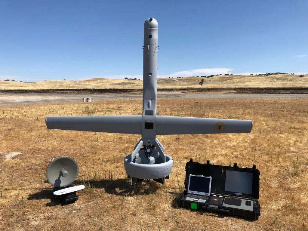 La Ground Control Station del V-BAT è trasportabile all'interno di una singola valigia rigida.