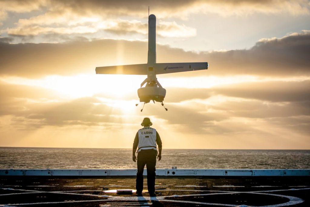Il velivolo di Martin UAV può essere lanciato e recuperato in un'area inferiore ai 9 metri quadrati, il che lo rende impiegabile anche da piccole unità navali. (Fonte: Martin UAV)